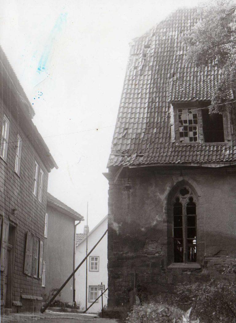 1970 er Jahre. Südansicht kurz vor Abnahme des Daches